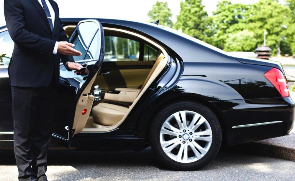 Stock-image-mercedes-Uber-bonus-1170x720